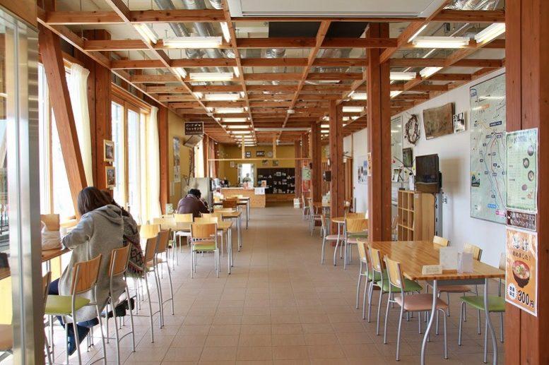 オーエンス泉岳自然ふれあい館 食堂